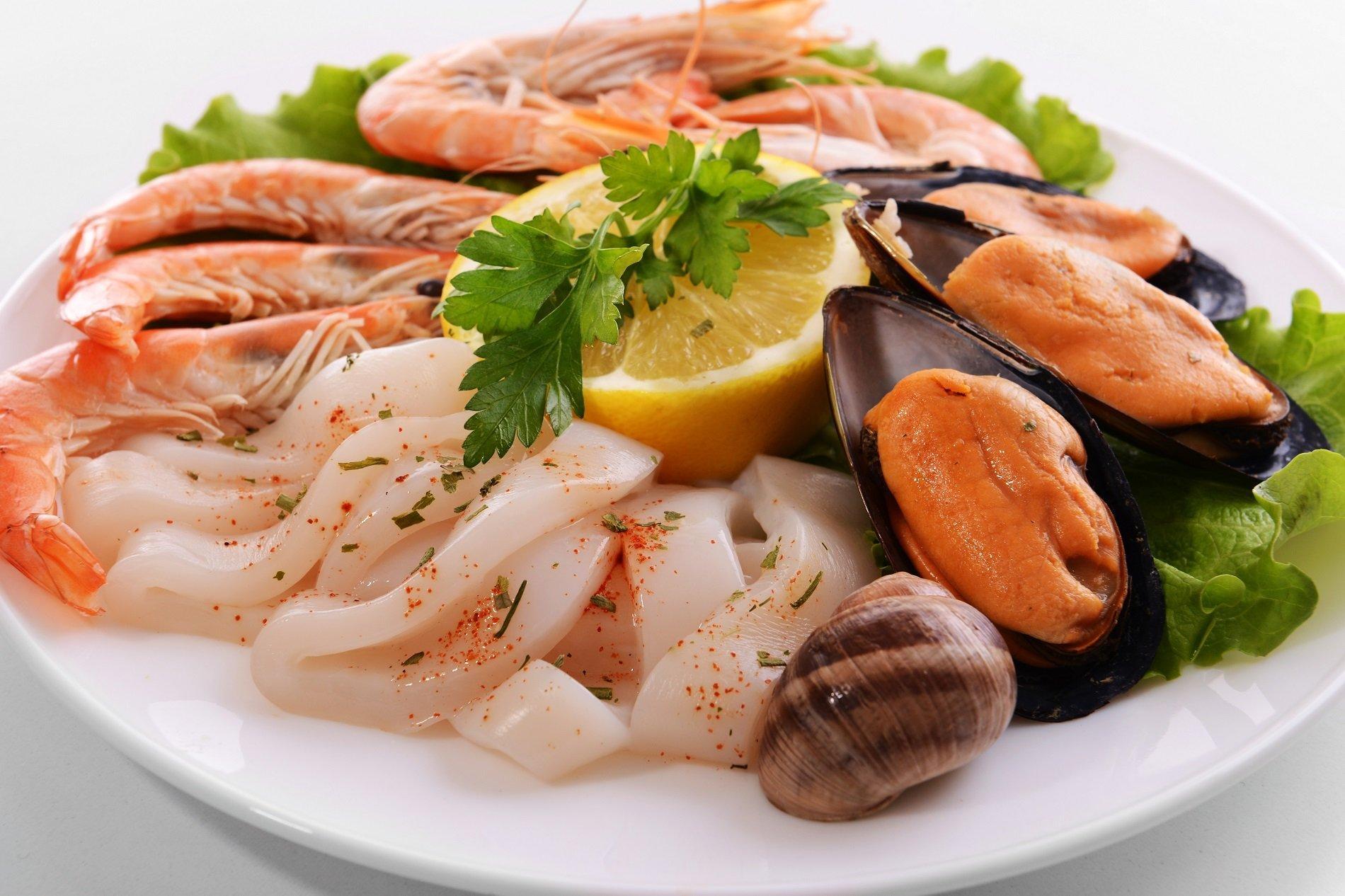 Frutti di mare, gamberi e calamari