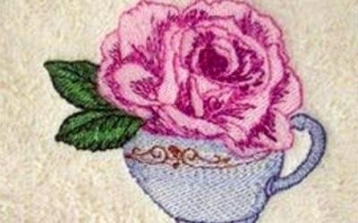 ricamo rosa