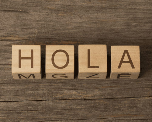 Wooden Blocks with the text: HOLA (in Spanish)