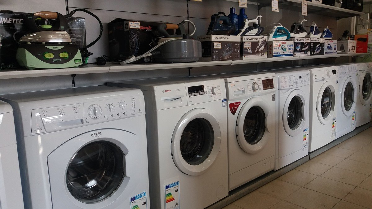 Cucine frigoriferi e lavatrici arenzano ge emmepi for Lavatrici slim misure