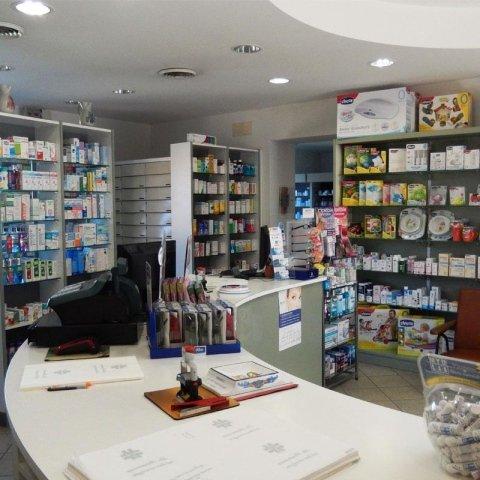 antinfluenzati, antibiotici, mal di gola - Farmacia Tretti, via Circonvallazione Nord Manciano (GR)