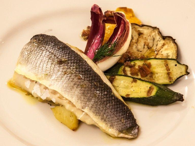 pesce e verdure grigliate