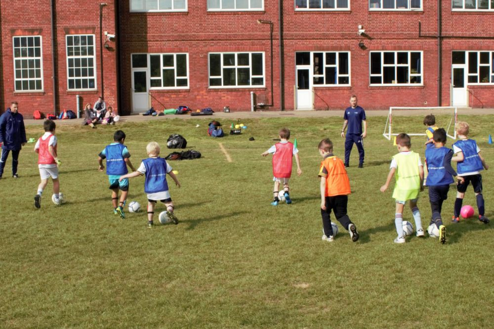 Breakfast & Afterschool Clubs - Ball Control session