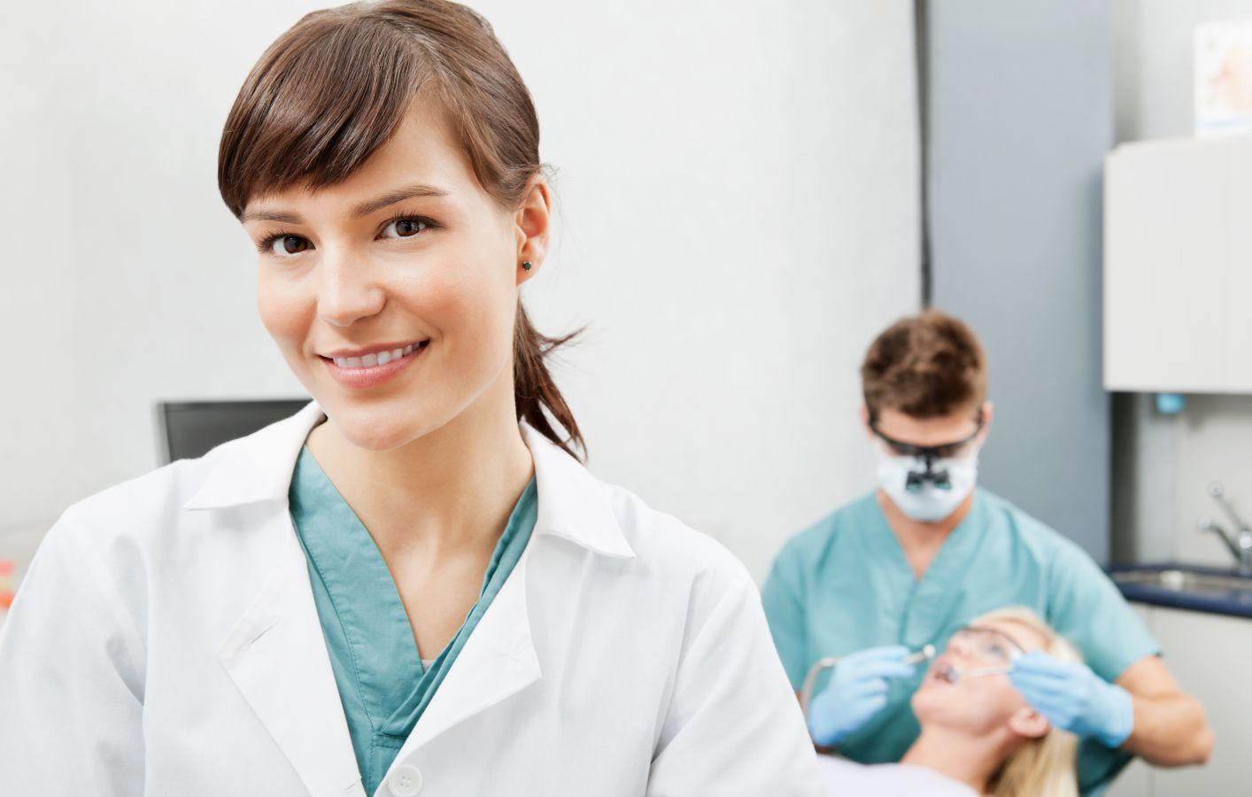 A dental therapist working on dental implants in Honolulu, HI