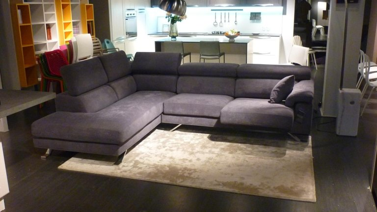 Esposizione divani - Reggio Emilia - Ambienti Arredamenti Pantaleoni