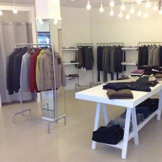 Abbigliamento uomo e donna moda ad Arzach