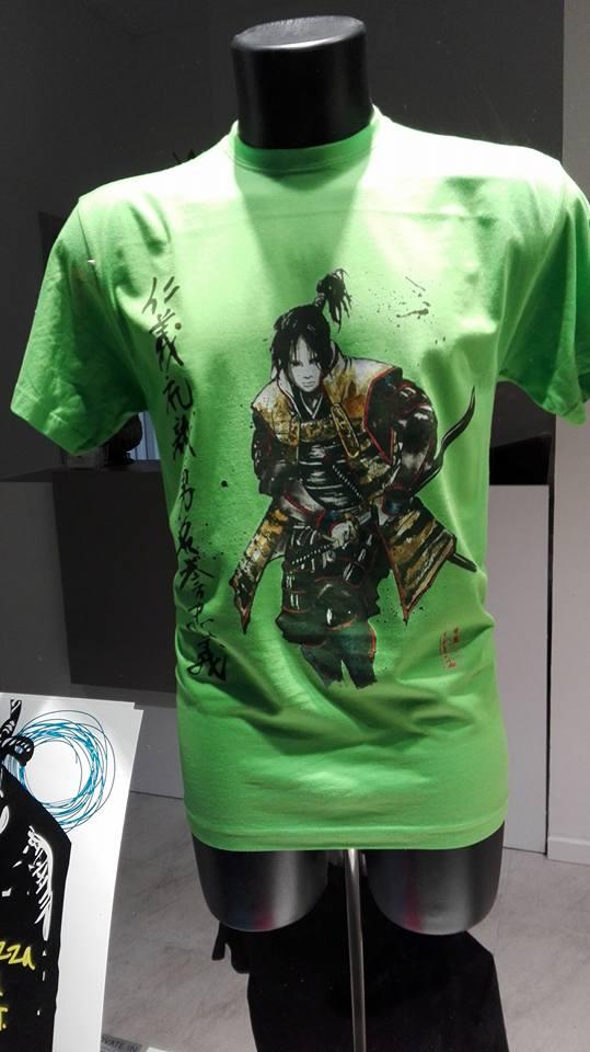 T-shirt verde personalizzata