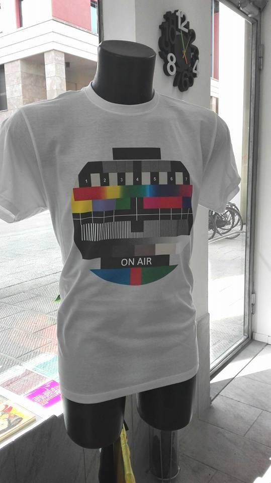 T-shirt bianca personalizzata