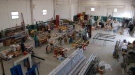 I nostri prodotti, azienda specializzata in serramenti, finestre, chiusura, porte e finestre, alta qualità, servizio, vetro