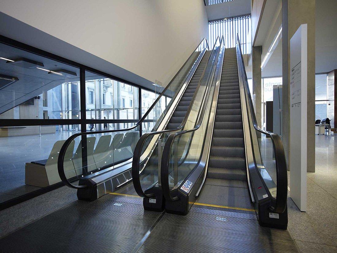 Scale mobili e tapis roulant napoli ram ascensori - Sognare scale mobili ...