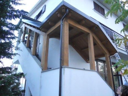 strutture in legno, copertura scalinata