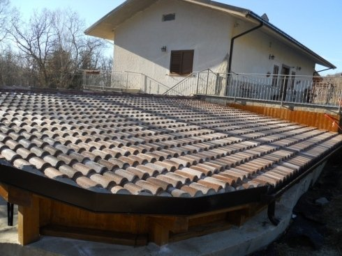 strutture in legno: copertura scalinata