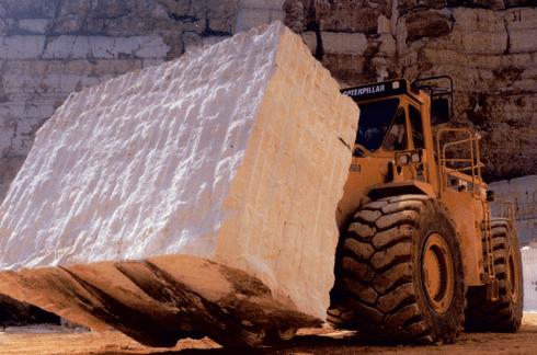 trasporto blocco di marmo