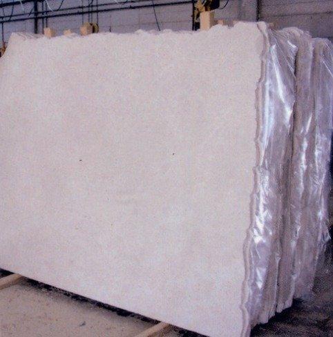 blocco di marmo bianco