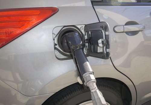 impianto ricarica del gas per auto