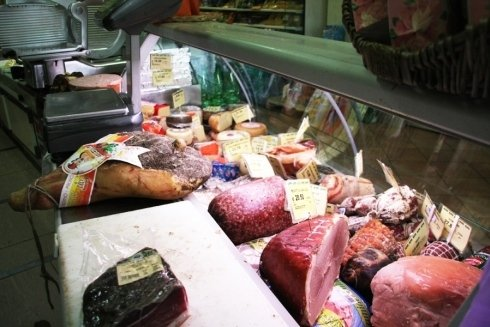 salumi e formaggi freschi