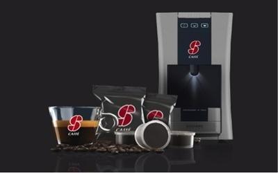 macchina del caffè con capsule