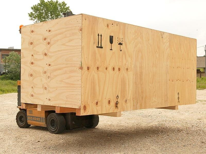 cassa in legno con tamponamento pareti in compensato