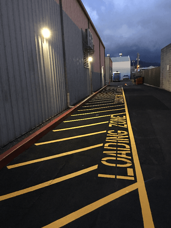 parking lot painting | loading zone | honolulu, hi