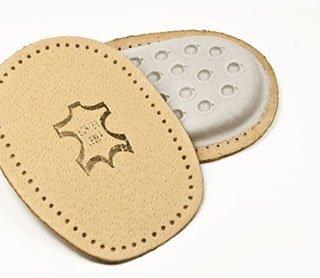 Sagome per le scarpe realizzate in pelle
