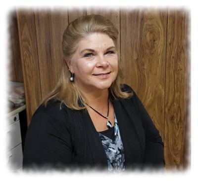 Lori Querback, Administrative Assistant