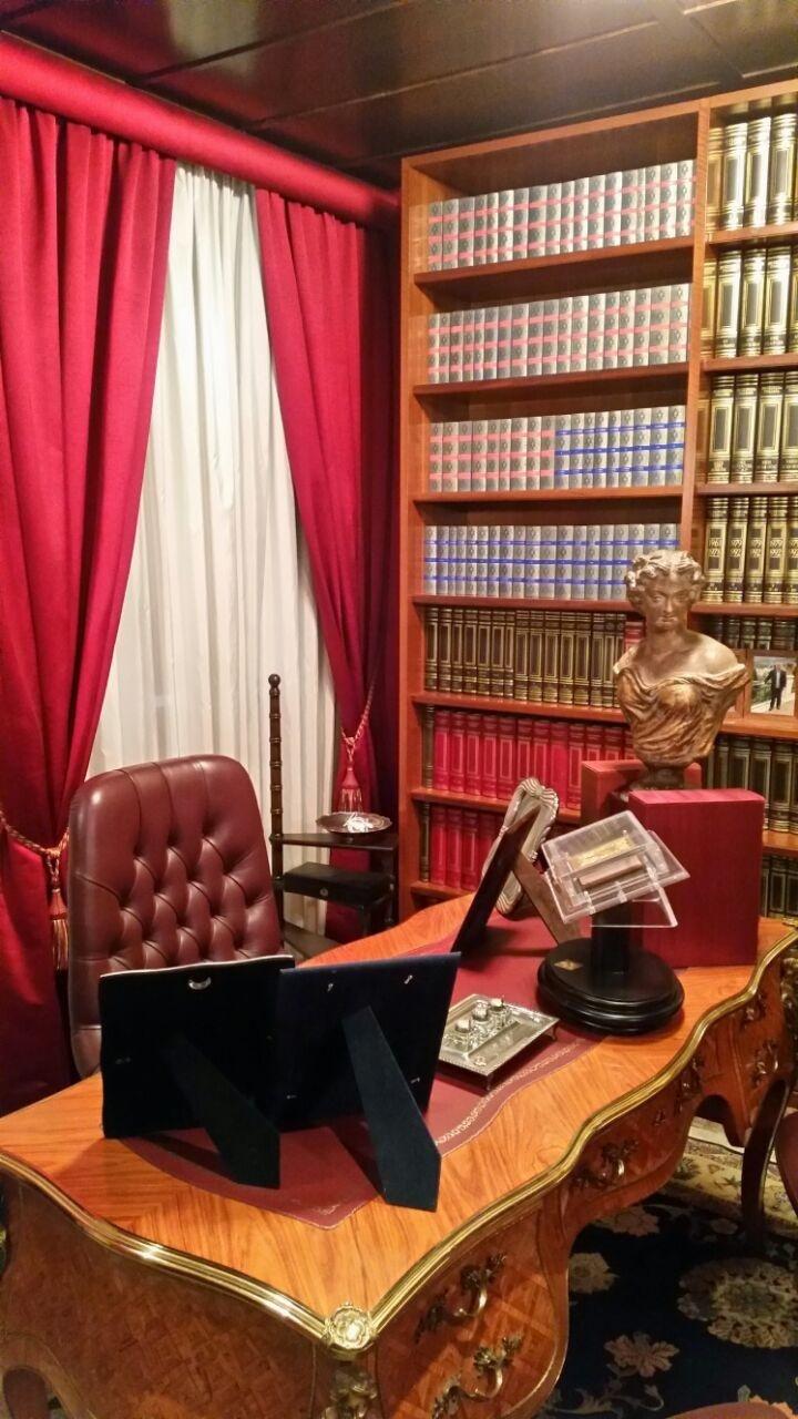 lawyer practising criminal law