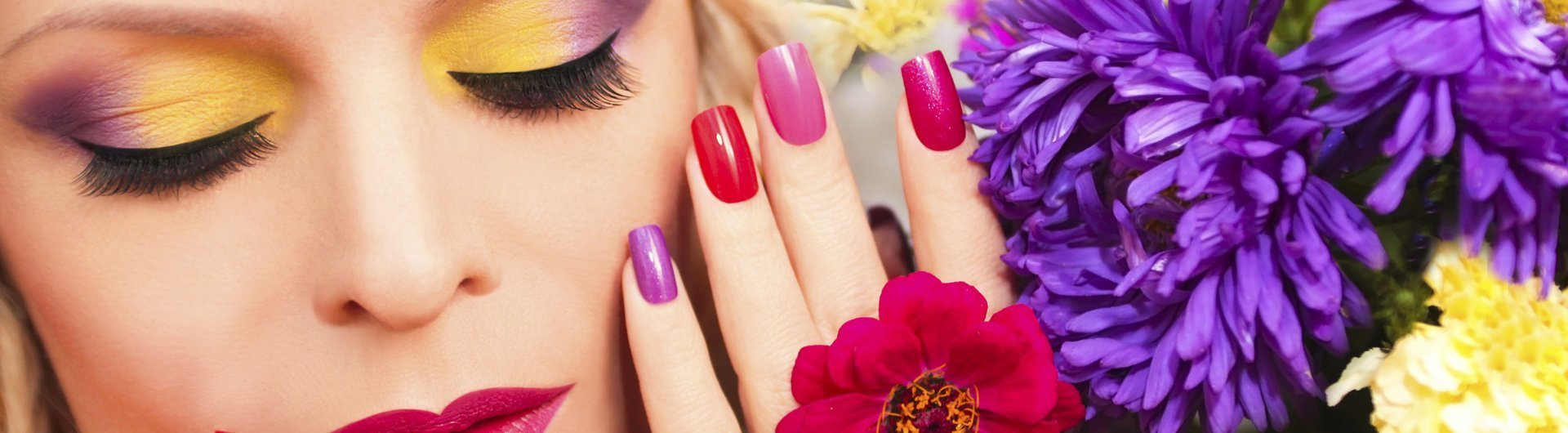 violet and red coloured nails