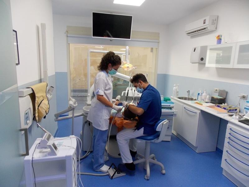 staff dentica