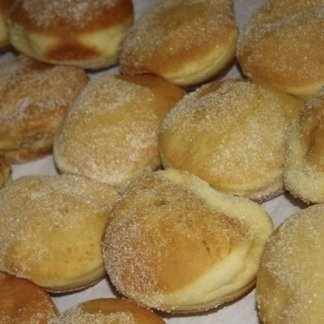 bomboloni, pasticcini, paste, crema