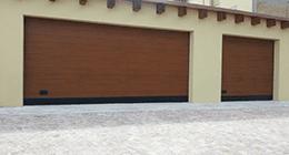 Porta sezionale in legno