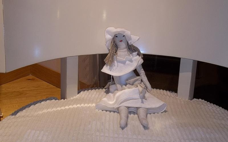 bambola arredo