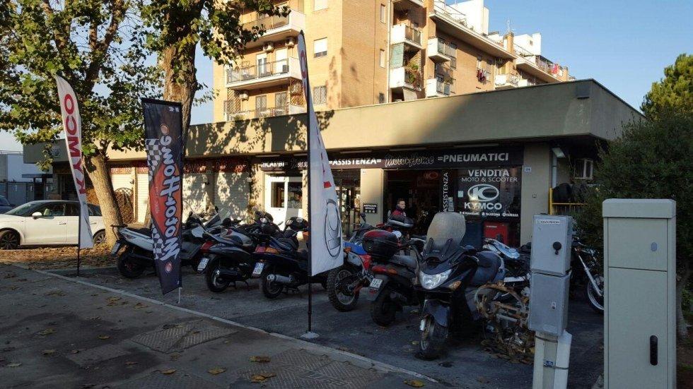 riparazione moto e scooter ostia