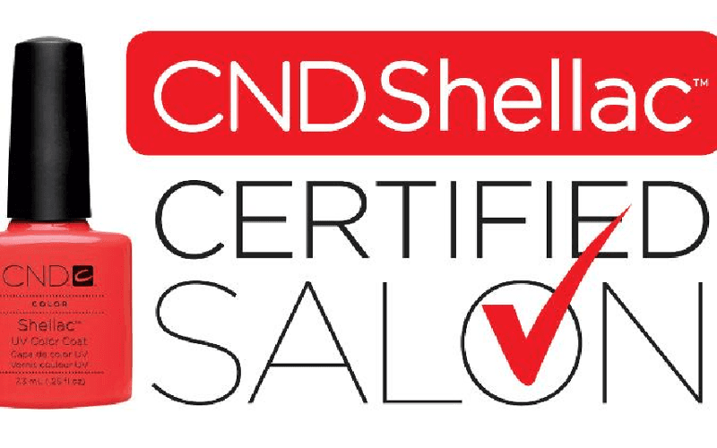 una bottiglietta di smalto della marca CND Shellac