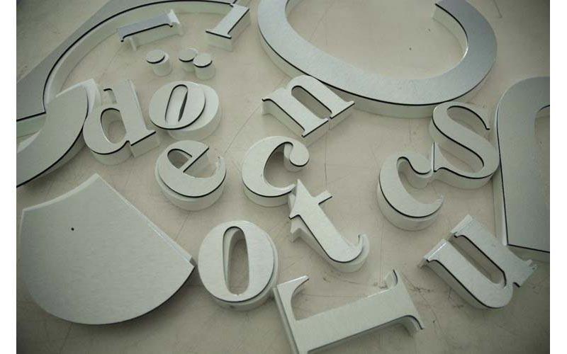 lettere per insegne