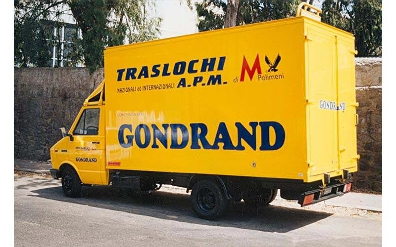 camion con logo ditta