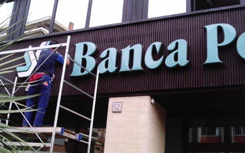 installazione insegne per banche
