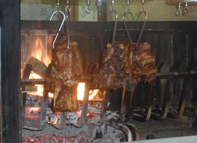 spiedo per carne alla griglia