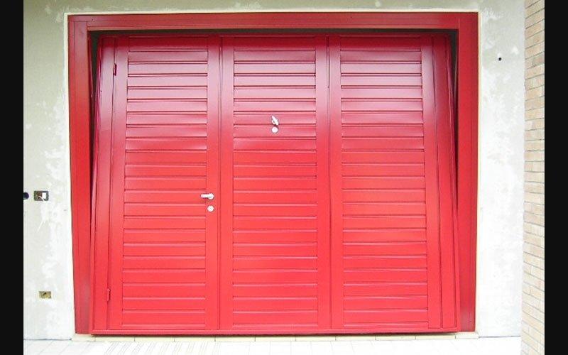 portoni per box colore rosso