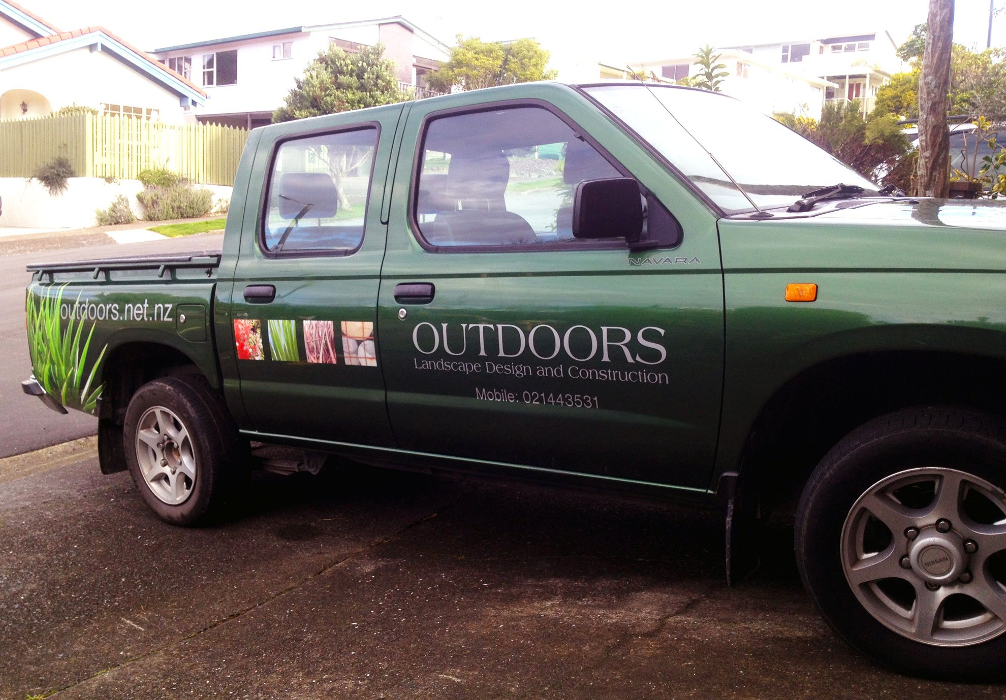 Digitally printed & computer cut vinyls applied onto ute