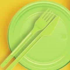 piatti plastica verde acido