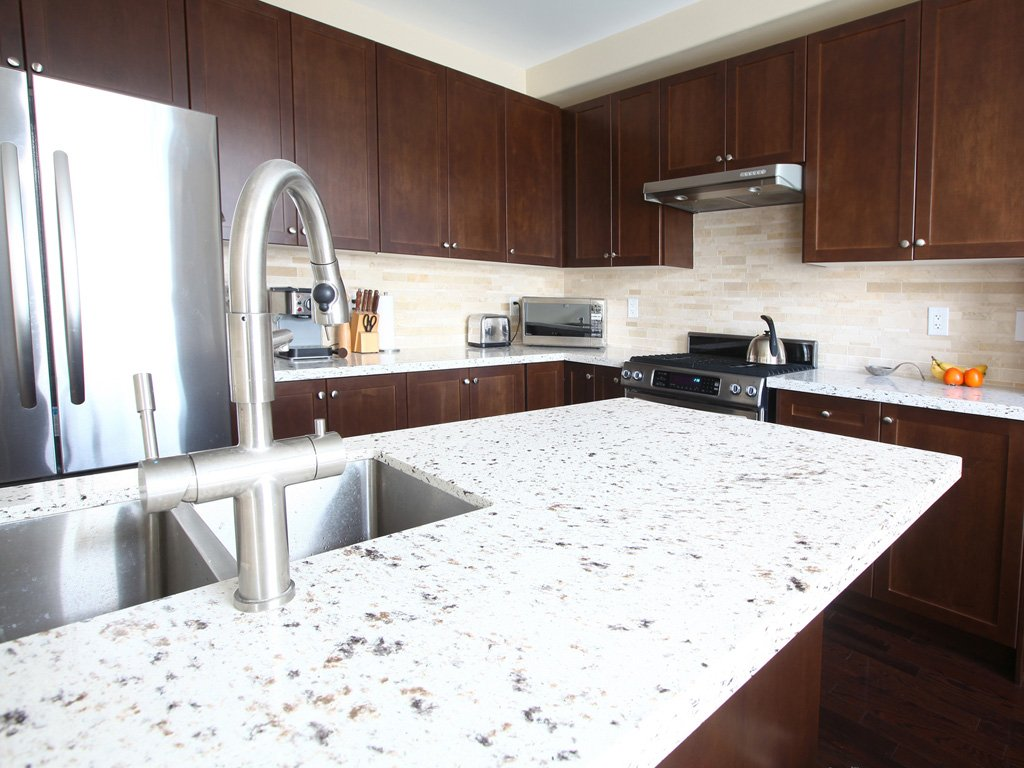 Granite vs. Quartz Countertops Compared