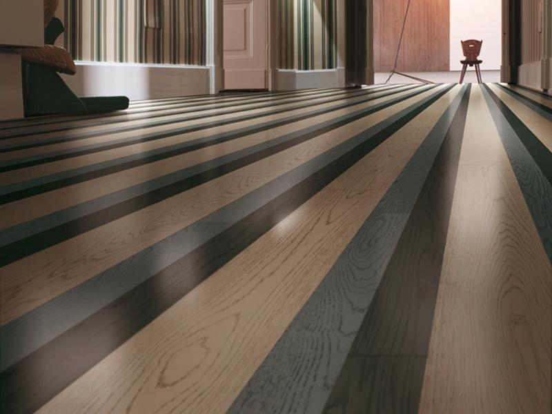 pavimento legno righe