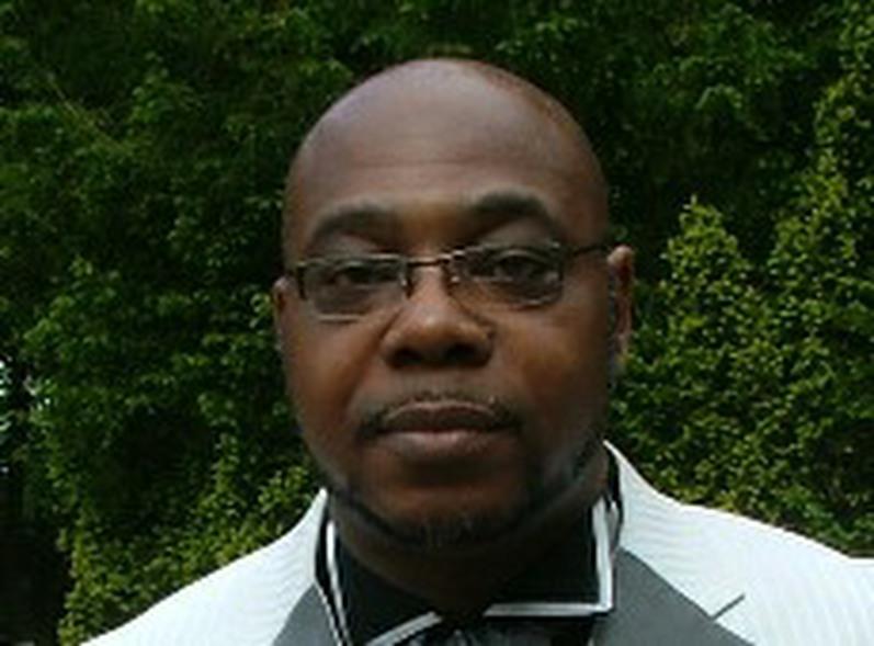 Senior Pastor Bruce