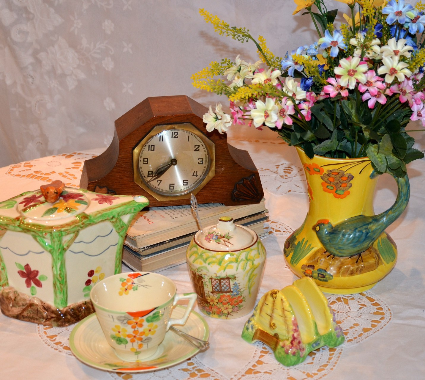 vintage jam pots and antique clock