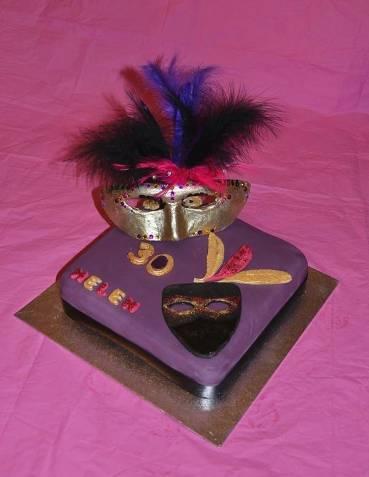helen 30th cake