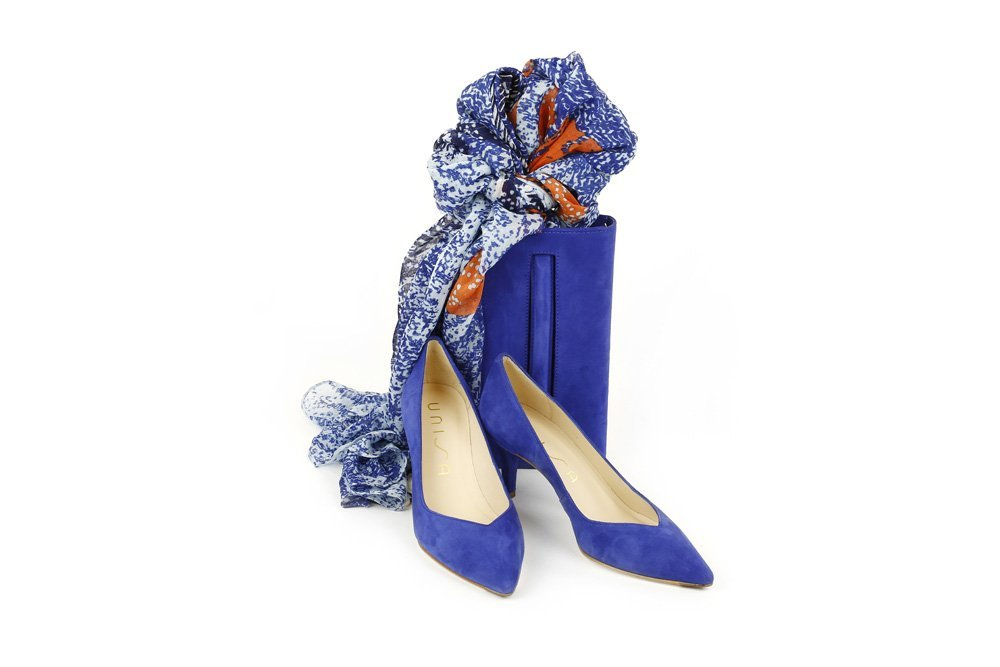 Blue heels and accessories