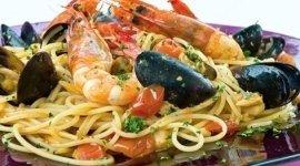 menu di pesce, spaghetti allo scoglio, primi piatti