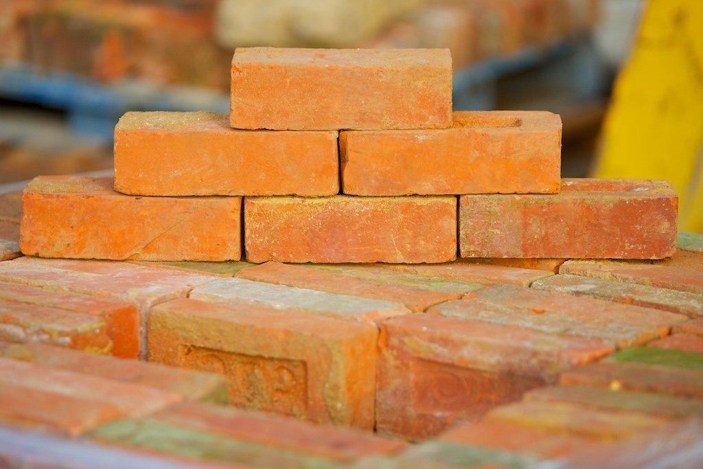 High Quality Reclaimed Bricks In Broadbridge Heath
