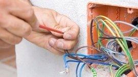 installazione impianti elettrici civili, verifica impianti elettrici civili, elettricista