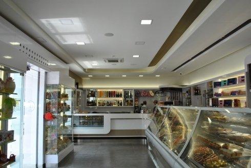 il bancone, pasticceria, caffetteria